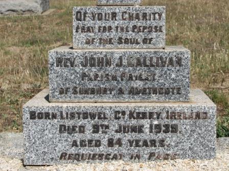 Grave Fr Gallivan-1